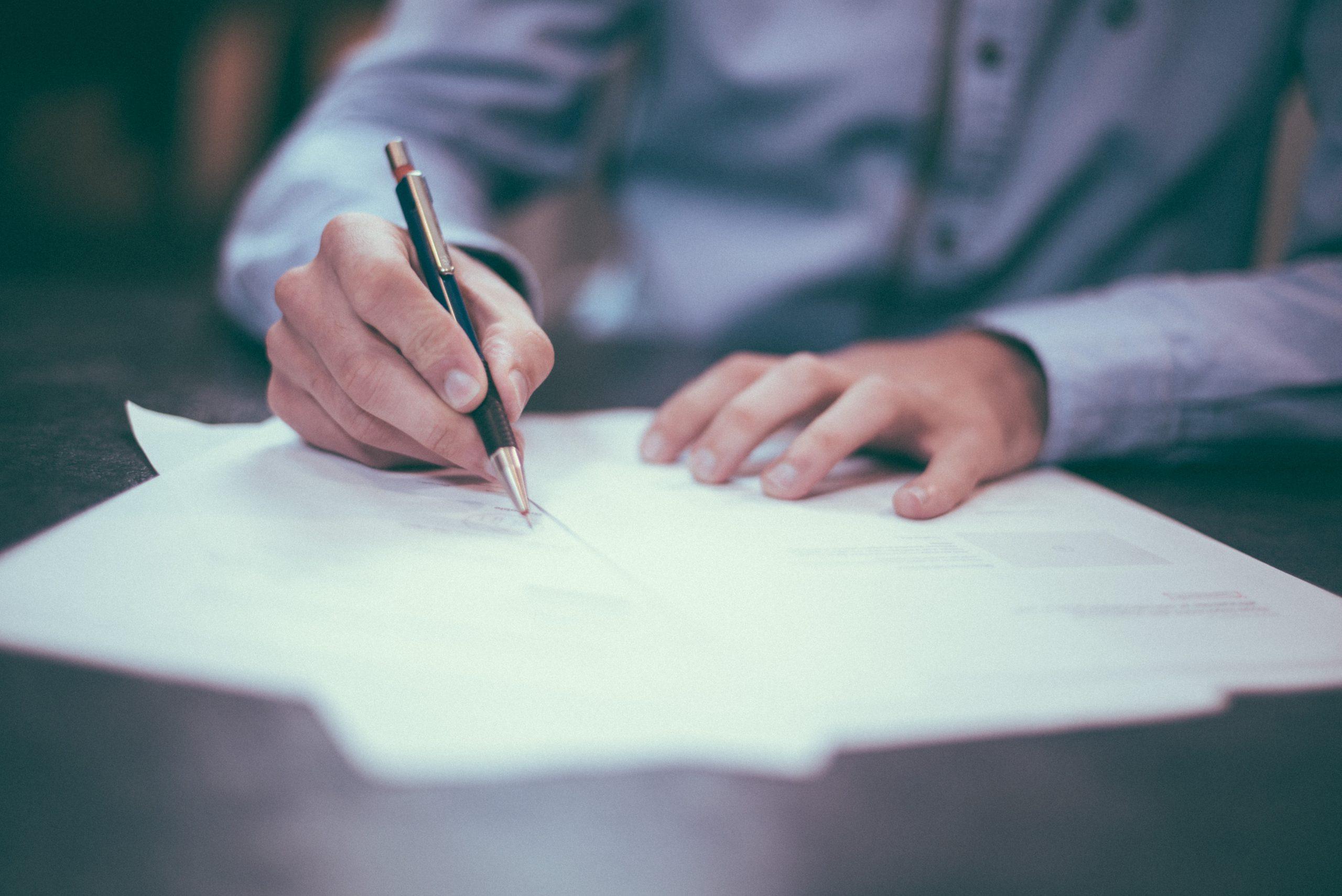 Optimierung der schriftlichen Kommunikation von Versicherungen durch Behavioural Insights & Nudging